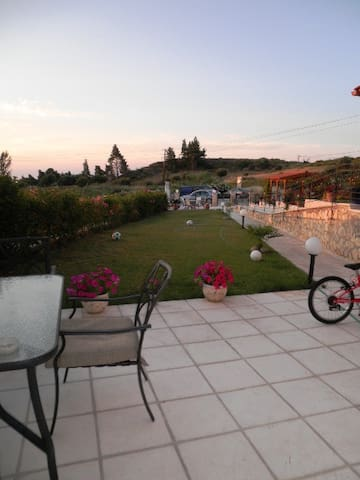 4 Bedroom Villa in Pefkohori - Pefkochori - Huis