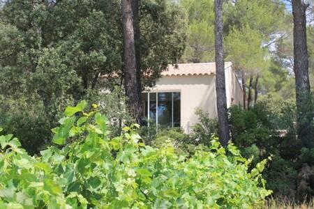 maison individuelle POURRIERES 8391 - Pourrières