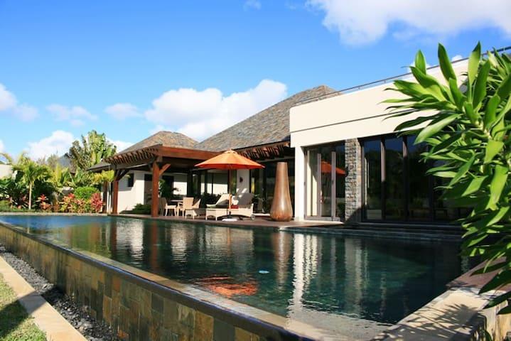 Luxury Anahita Villa, Mauritius - La Place Belgath - Villa