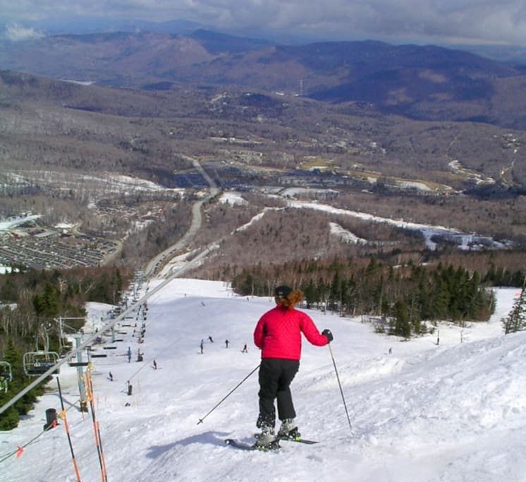 Central to Downhill skiing at Killington, Pico and Sugarbush Ski Areas