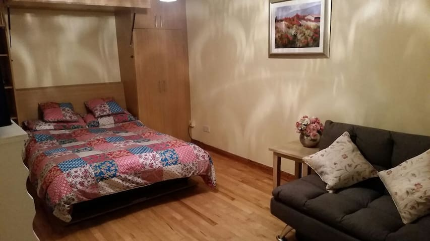 Quadruple room in convient location up to 4 people