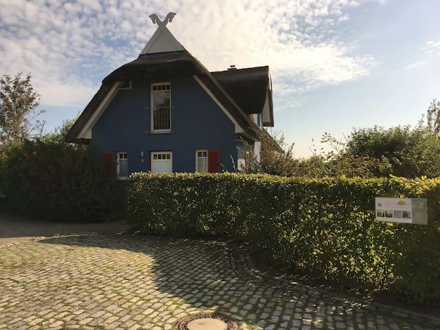 """Reetdach-Ferienhaus """"Sonnenkap"""""""