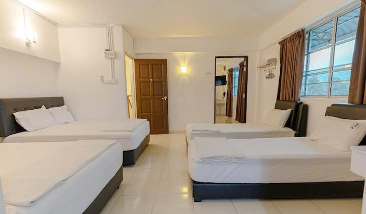 Sweet Cozy Couple room in Sungai Lembing