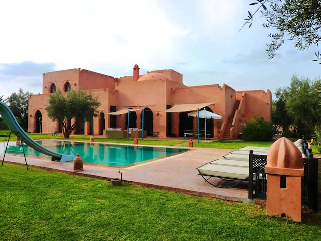 Gorgeous Villa with Panoramic View - Marrakesh