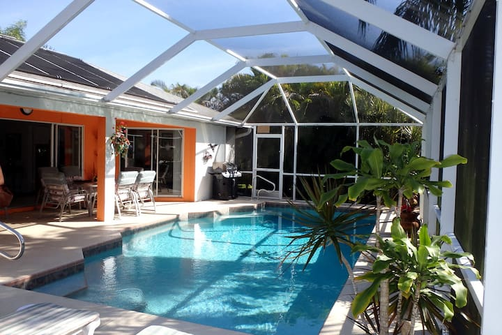 The perfect Cape Coral pool home.