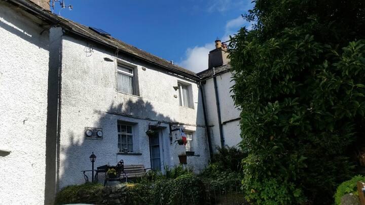 Crossways Cottage Windermere Cumbria UK