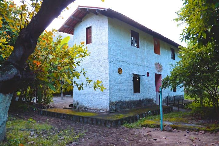 Aluguel de quartos por temporada (Quarto 2) - Pacatuba - Blockhütte