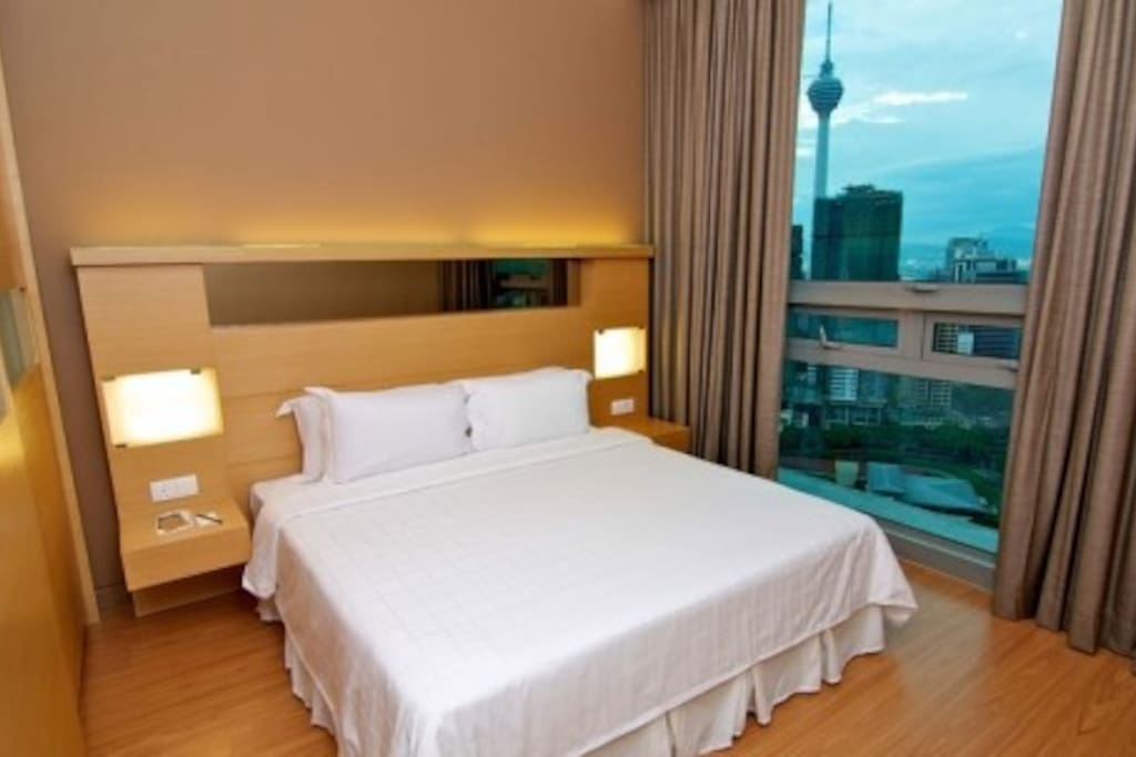 King Bed Room with KL Tower view