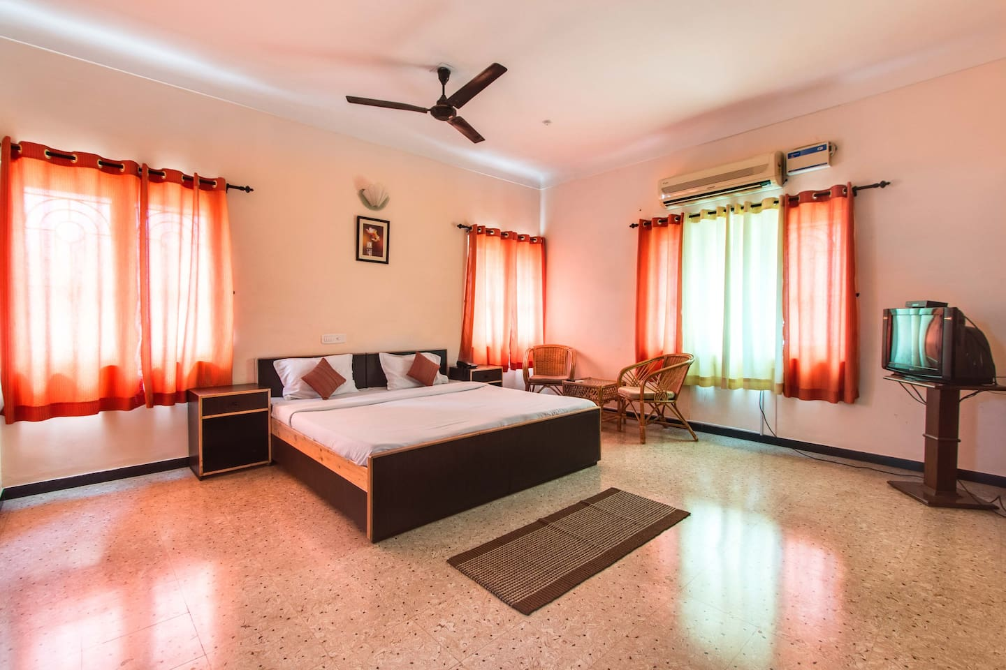 Bedroom Designs With Attached Bathroom And Dressing Room cornerstay- racecourse- 3 bhk - bed & breakfasts for rent in