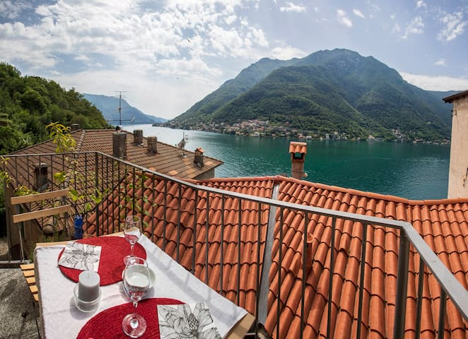 Nora's Home - lake view, ancient village of Careno