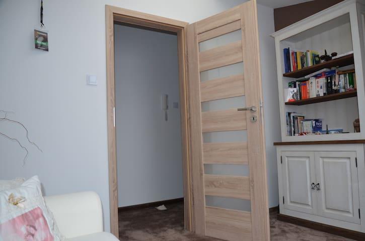 Jasny, przytulny pokój na poddaszu