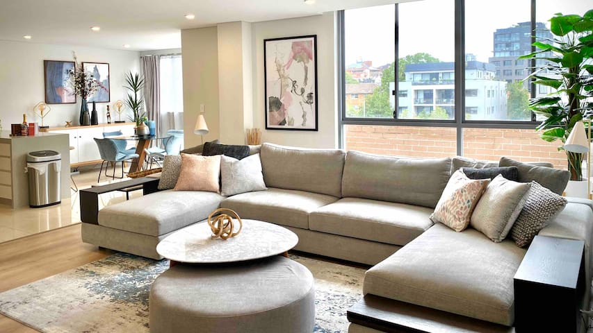 Crows Nest Executive Penthouse - 5km to City
