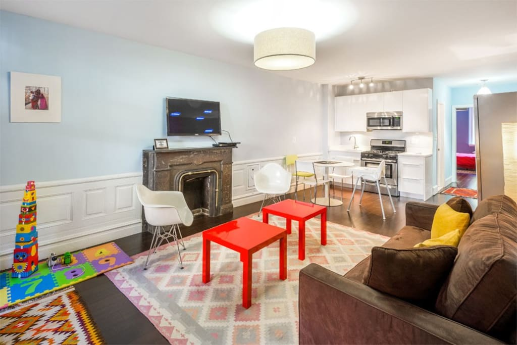 Family friendly apt in townhouse guest suites for rent for Townhouse for rent nyc