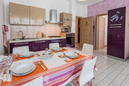 APPARTAMENTO B IN PIENO CENTRO GALLIPOLI - Gallipoli - Appartamento