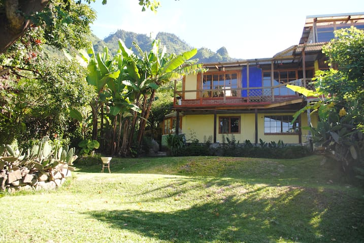 Apartment by Lake Atitlan - Santa Cruz la Laguna - Wohnung