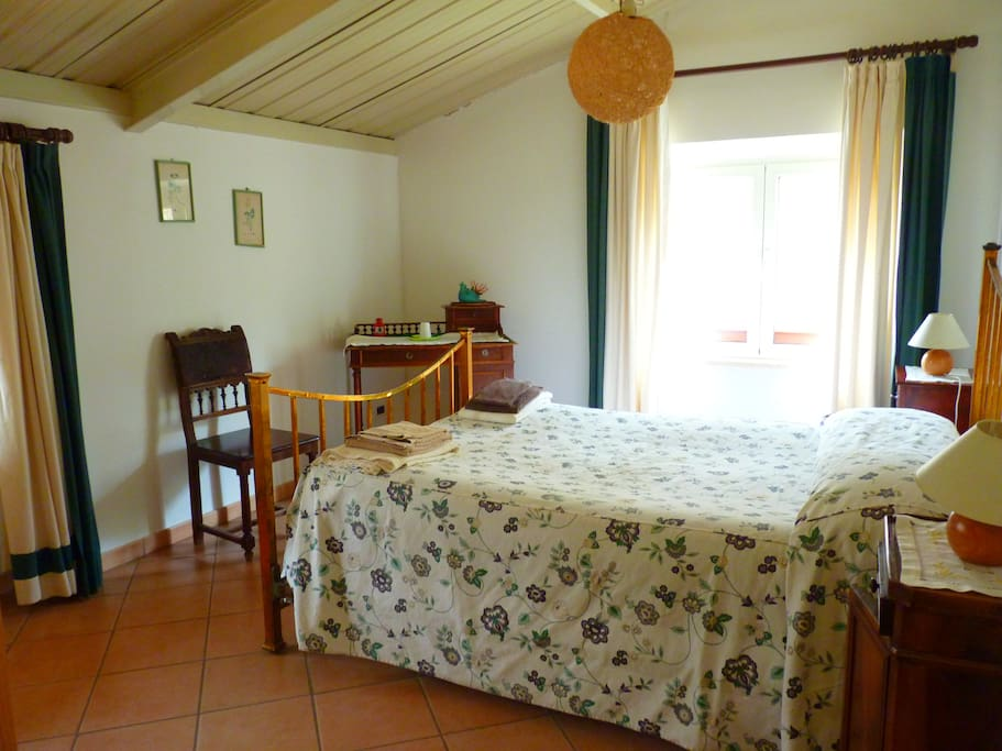 Double Room (up to 3 beds) with en suite toilet - Camera matrimoniale (possibile tripla)