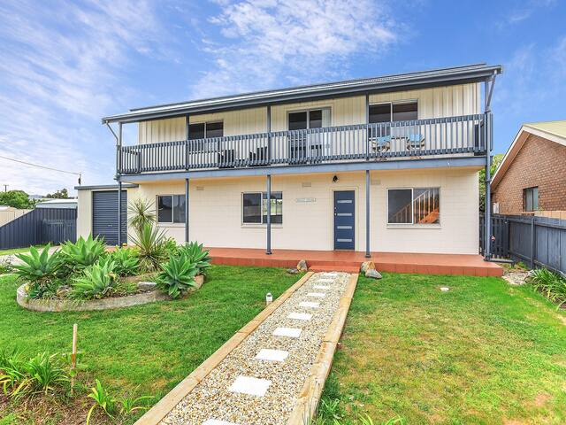 64 Padman Crescent - Listen to the Surf Roll In - Glimpses of the Sea