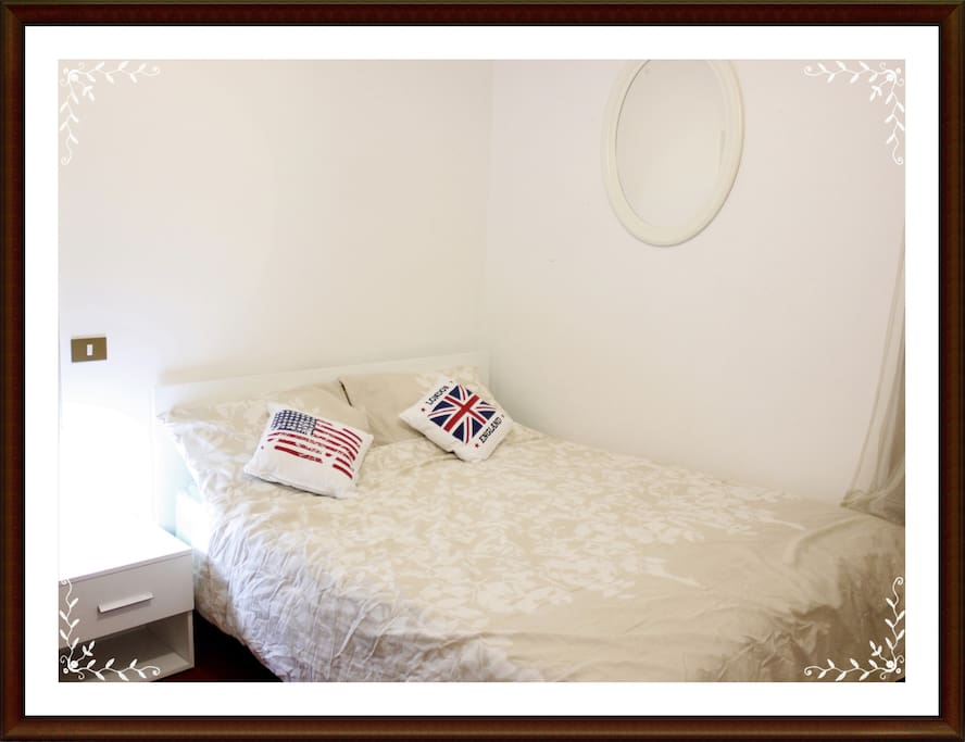 double room (on request we can add 1 single bed)