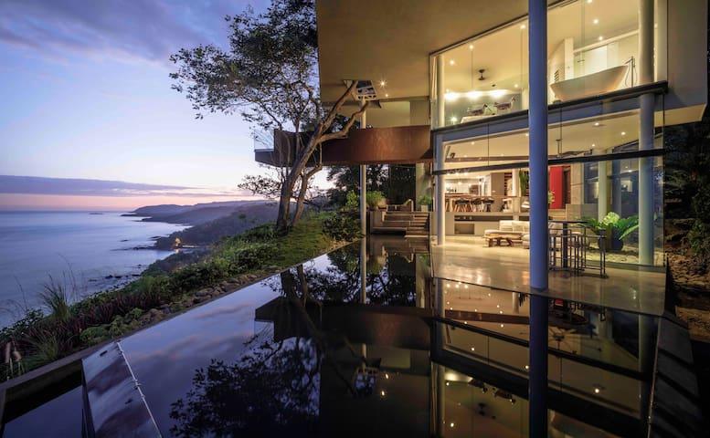 Breathtaking ocean view Casa Cocobolo