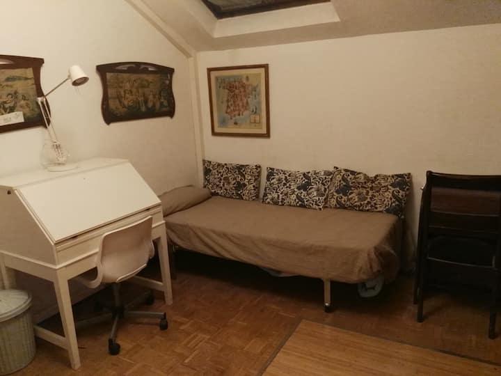 Habitación en chalet Moncloa/Pozuelo de Alarcon