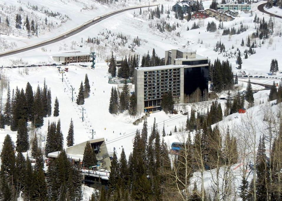 Snowbird tram base, Peruvian lift base, and Cliff Lodge - ski in, ski out via Chickadee