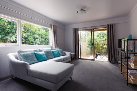 Modern, spacious and private guest suite