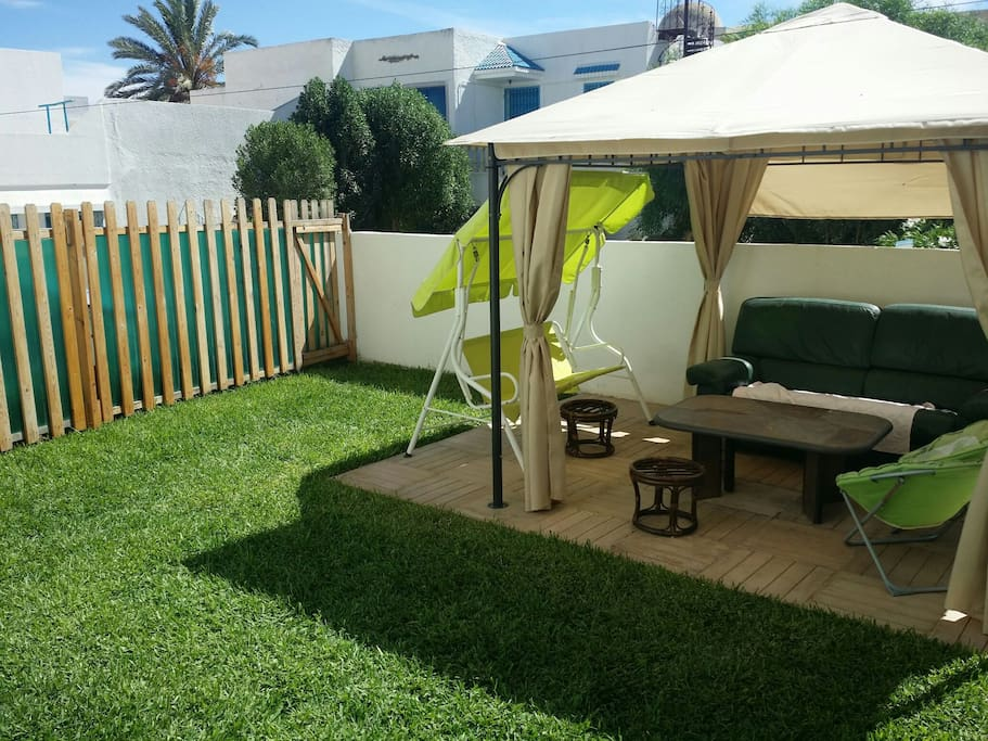 Luxueux apt mer et piscine et jardin flats for rent in nabeul nabeul tunisia Atmosphere agreable piscine jardin