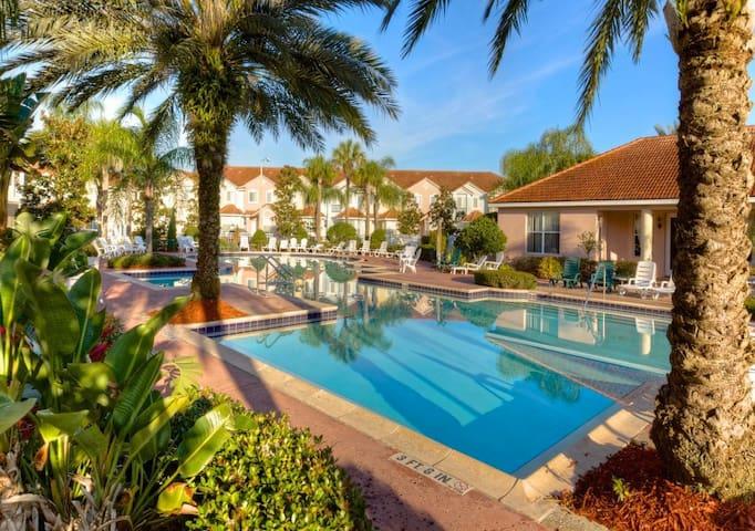 Fiesta Key Resort - near Disney, Universal
