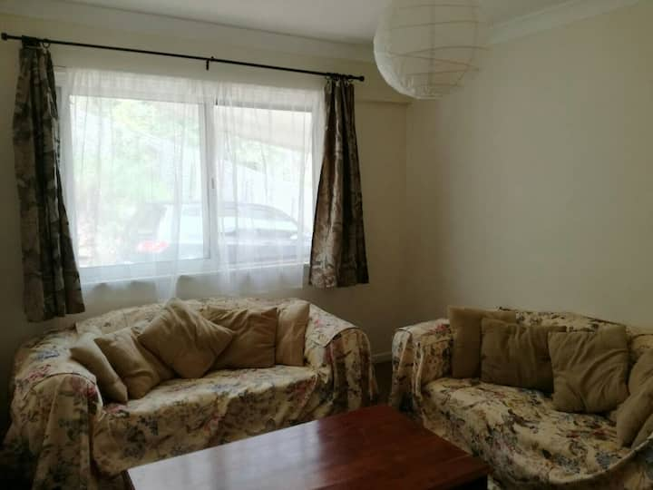 One bedroom unit with furniture self containing