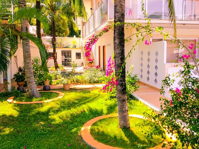 Cute Private Apartment In A Villa