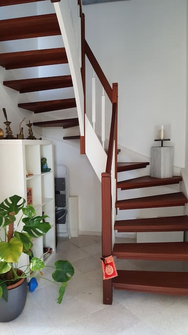 Treppenaufgang zum ersten Stock