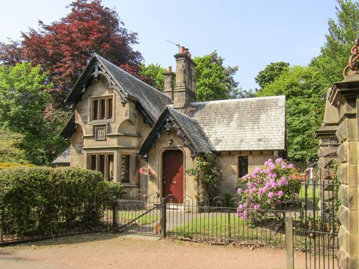 The Gate House (UK5788)