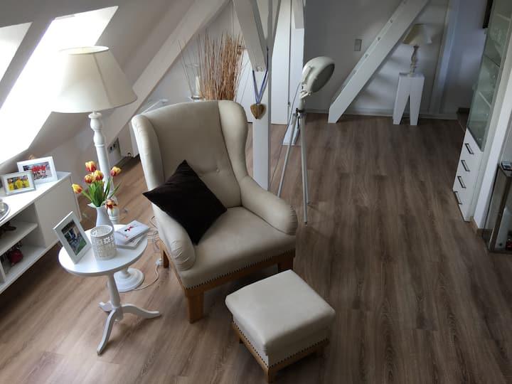 Stilvoll-gehobene Maisonettewohnung
