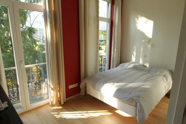 Studio near EU HQ-City Center - A1G