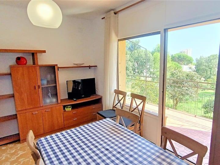 Apartment in Platja d'Aro 500m from Cala Rovira, ideal families - MONTSERRAT-III