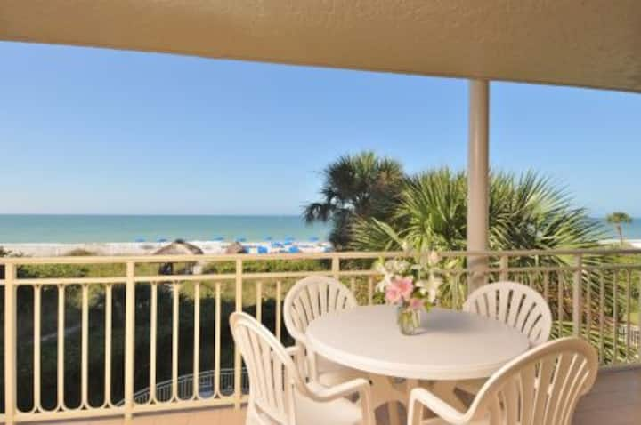 Beach Front 2 Bed 2 Bath Condo