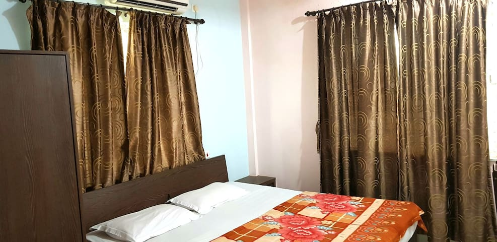 Anvy AC 2 ONE BHK flats Homely stay .