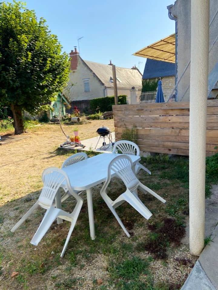 House with one bedroom in Saint-Patrice, with shared pool, enclosed garden and WiFi