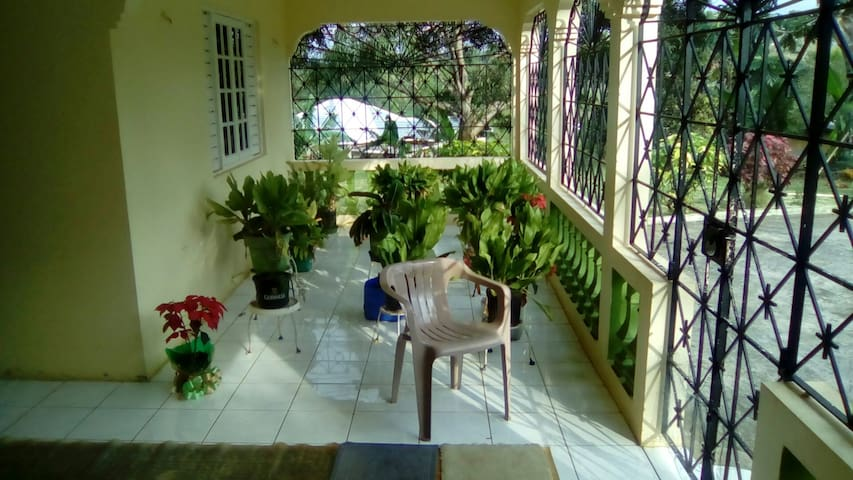 Plantation Heights room 3&4 - Siloah - 一軒家
