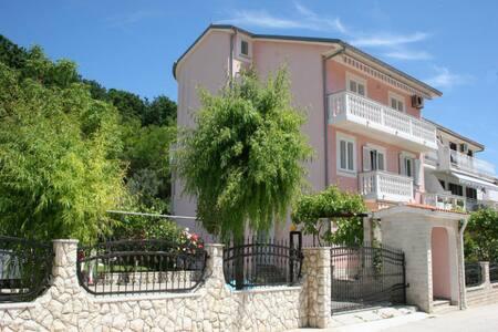 Apartment Sekulic Green - Baška