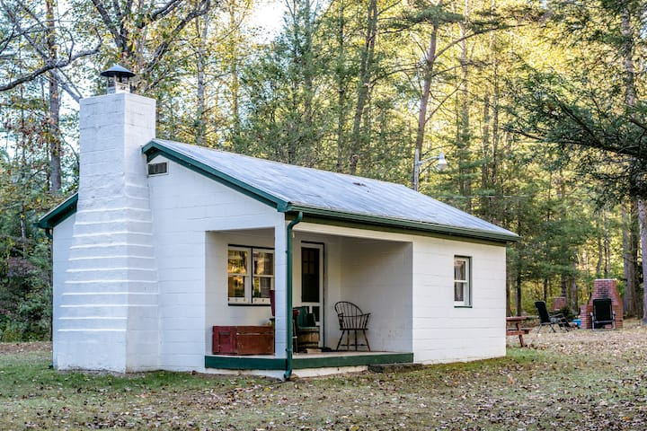 Creekside Midcentury Tiny House @Camp Bearwallow