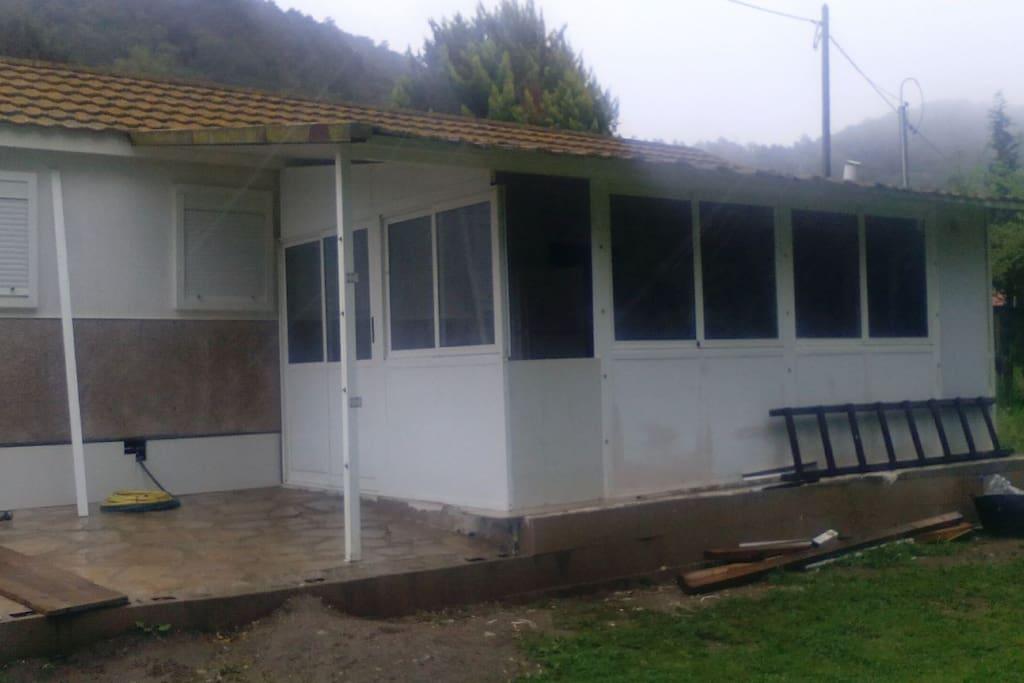 CASA CON 600M TERRENO