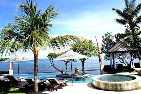 Luxury Beach Villa Lovina Bali - Buleleng