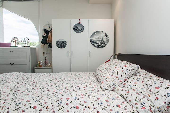 Experience Australia's Little Italy - Carlton - Lägenhet