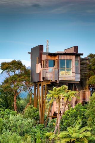 Hapuku Lodge Tree House