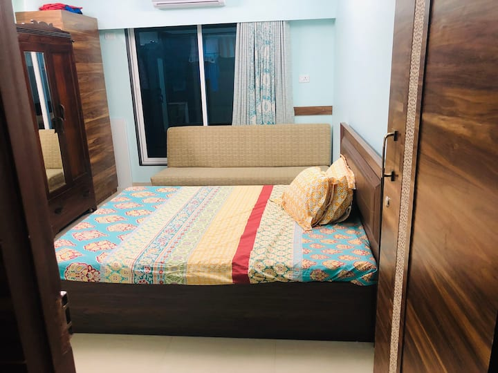 Spacious & clean well furnished homestay