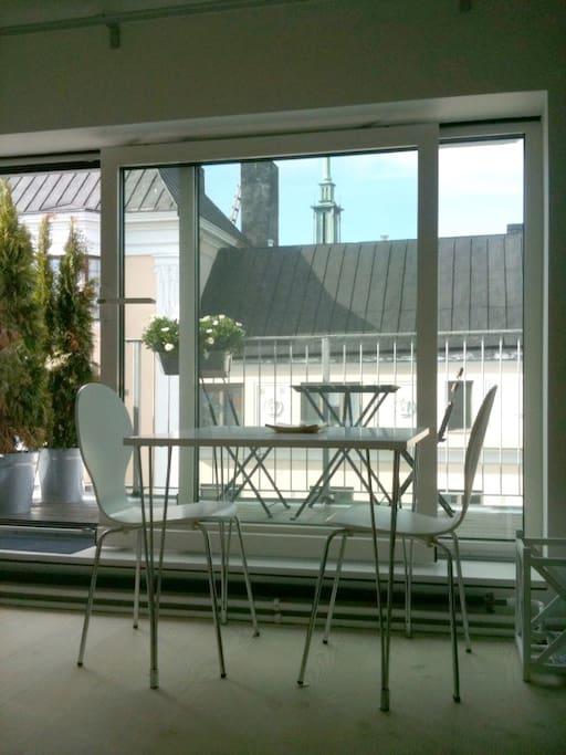 sliding glass doors to terrace