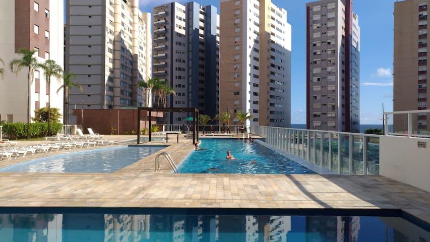 Apartamento alto padrão à beira mar em Santos-SP