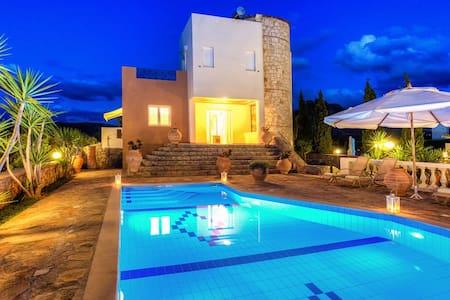 Luxury Villa Dyonisos - 6 bedrooms - Σίσι - 別荘