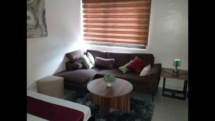 New condo new furniture & near sm shopping mall